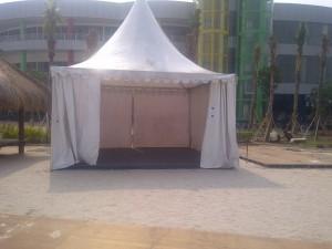 Tenda kerucut untuk Stand Pameran